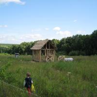 Первые постройки в поместьях